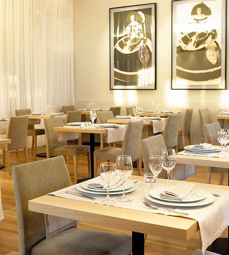 Restaurantes solu o enxovais for Mesas de restaurante precios